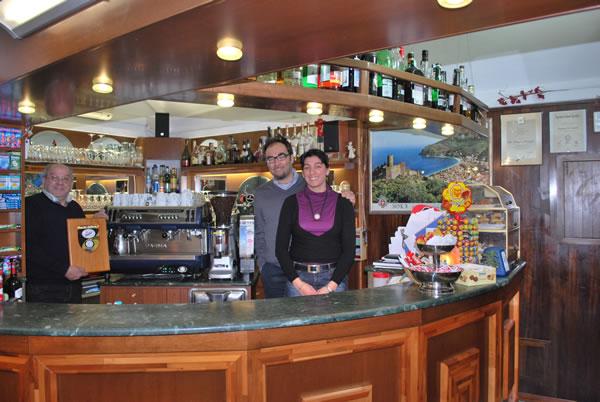 Bar milano la genovese for White bar milano